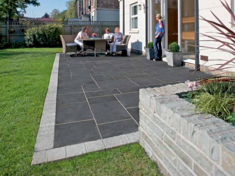 garden slabs marshalls fairstone limestone aluri garden paving | turnbull OOXHIUP