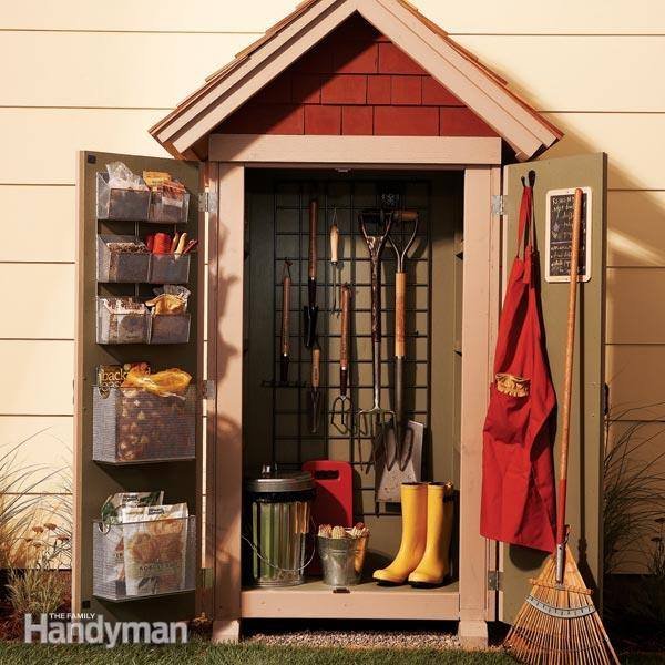 garden tool storage sprucing your backyard a little bit with this fun and easy diy MTELJEA