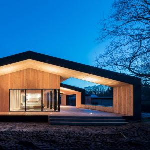 home architecture oversized roof shelters terraces at cebrau0027s danish summer house XPEWJJH