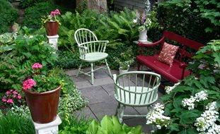 home garden ideas small garden, big interest eric sternfels (homeowner) philadelphia, pa.  small garden XCPOCRO