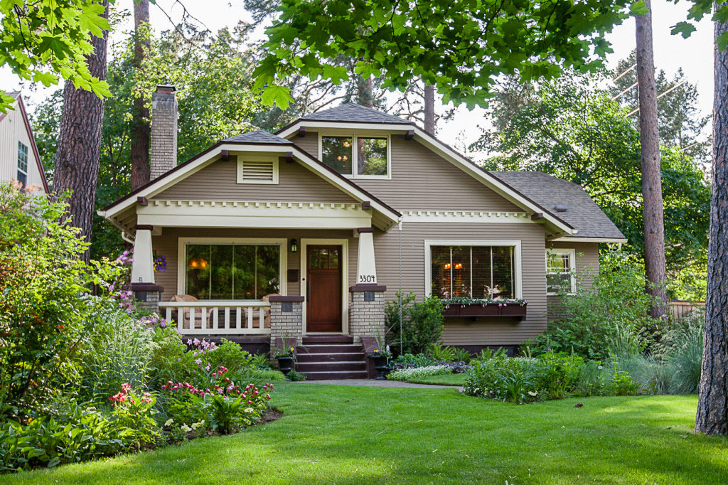 house styles craftsman style bungalow home RBKFVMD