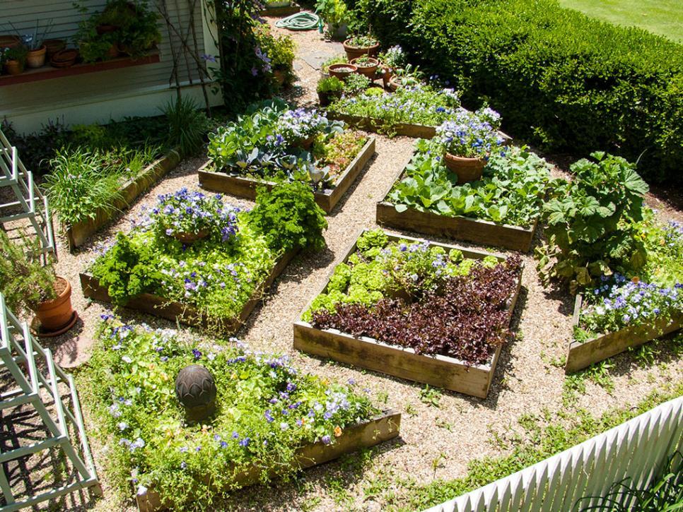 landscape design ideas plant a square foot vegetable garden JDNBGMW
