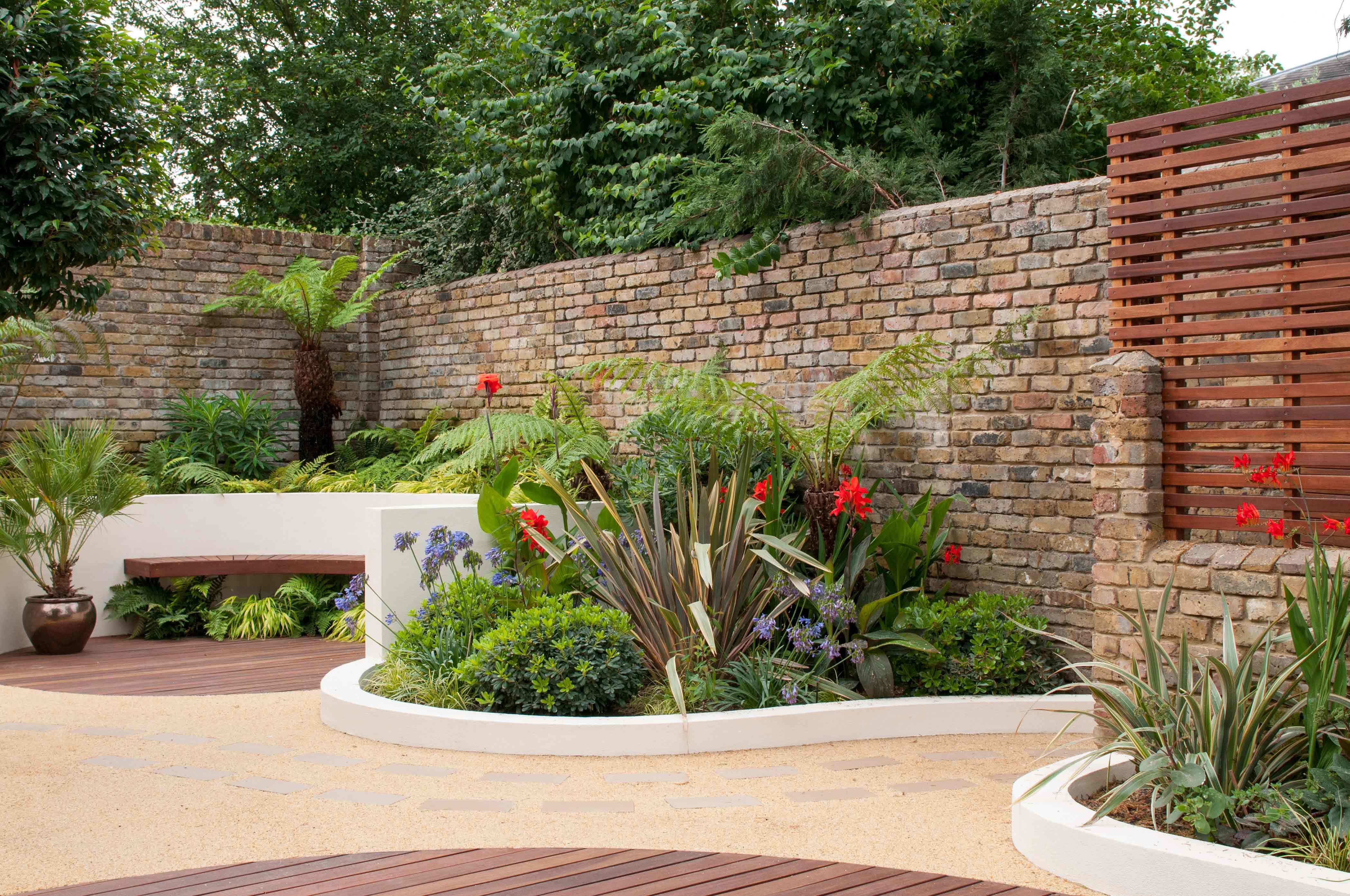landscape garden ... blackheath courtyard garden; tropical planting in blackheath ... LLMEJBC