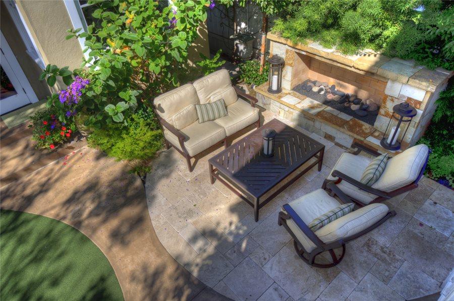 low fireplace small yard landscaping z freedman landscape design venice, ca DBPRSQA