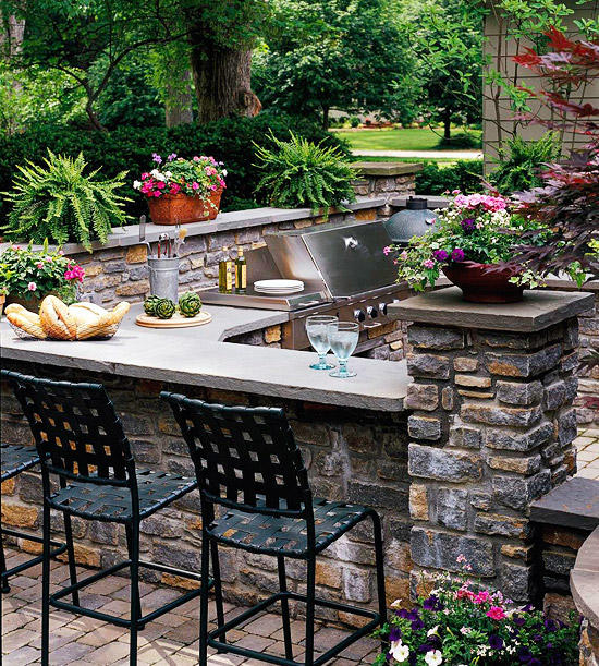 Top outdoor kitchen ideas that you cannot ignore