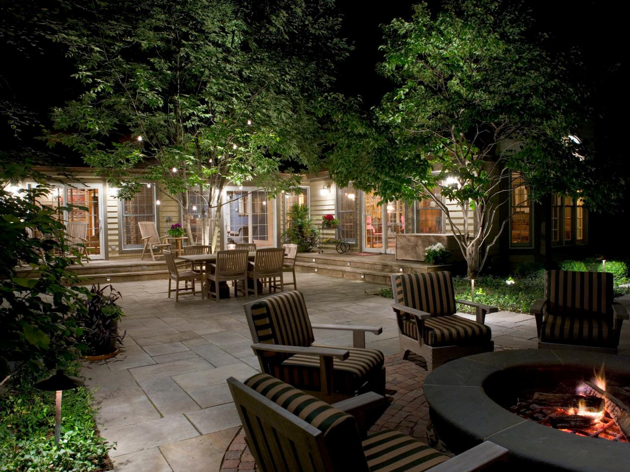 outdoor landscape lighting how to illuminate your yard