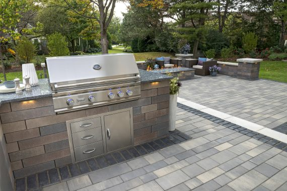 outdoor pavers concrete pavers for easy-to-clean outdoor kitchens in cleveland QWLHJNF