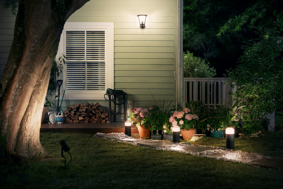 outside lighting today, the company has revealed the first set of philips hue outdoor QCWIEFF