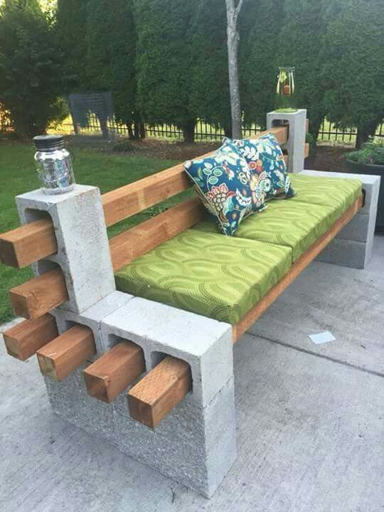 patio benches boards and cement blocks to create a seating area...pretty cool. XPPBMXI