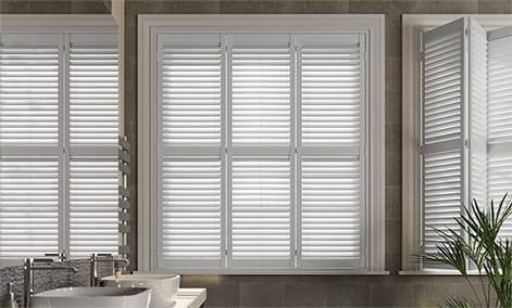 plantation shutter new forest white thumbnail image CASOMGH