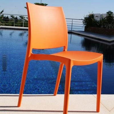 plastic outdoor chairs (4 of 11) | cozydays EHNTIRG