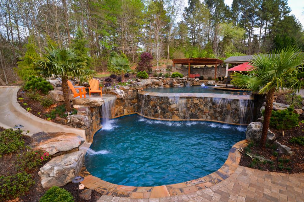 Pool Landscaping Is the Natural Way of Your Refreshment