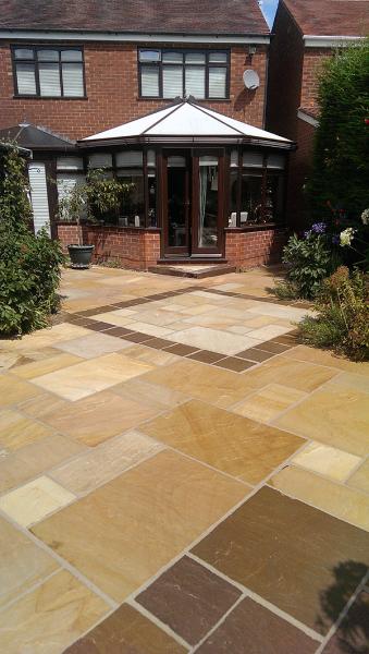 sandstone garden paving slabs CYBVQZH