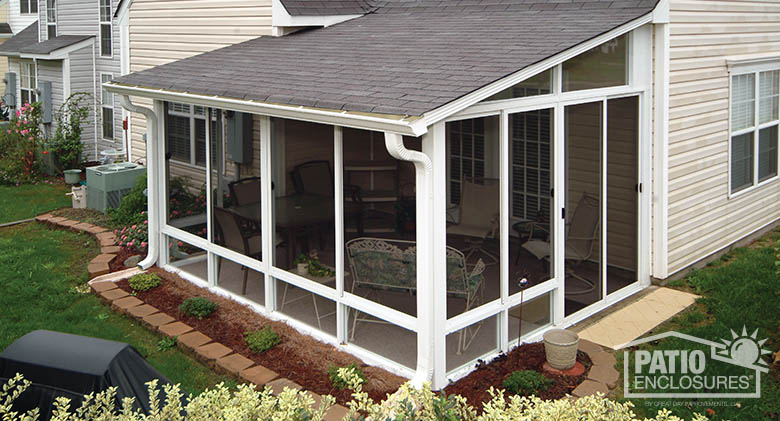 screen porch white aluminum frame screen room with single-slope roof FUVRXDP