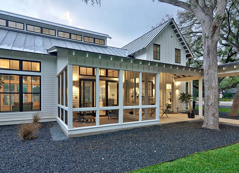 screened in porch modern farmhouse screened porch LJGVEBN