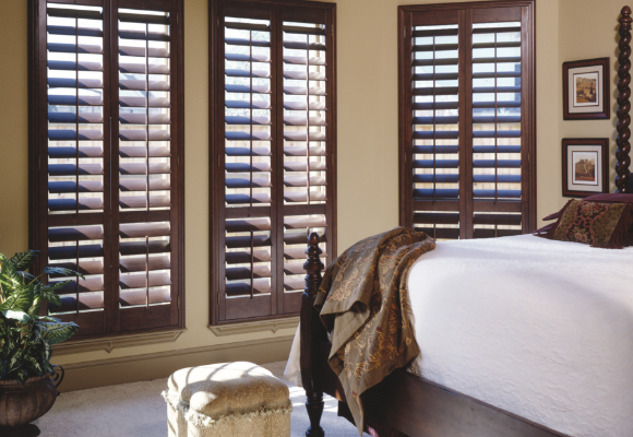 shop wood plantation shutters VKMANCG