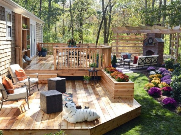 small deck ideas for small backyards PGSDIFS