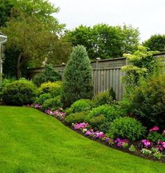 small yard landscaping 9 ideas for small, cheap and low maintenance gardens #low #ideas #small LHXBJET