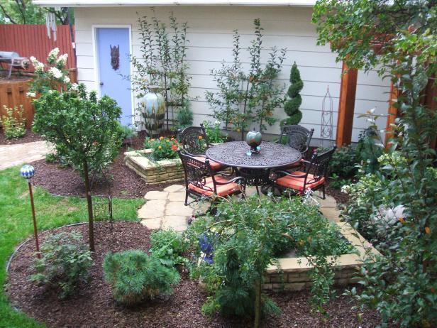 small yard landscaping hgpg-2458113-small_lds1904 UXZZFUW