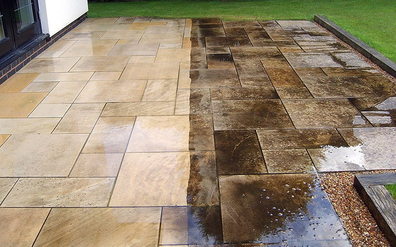 stamped concrete patio SYVDGHV