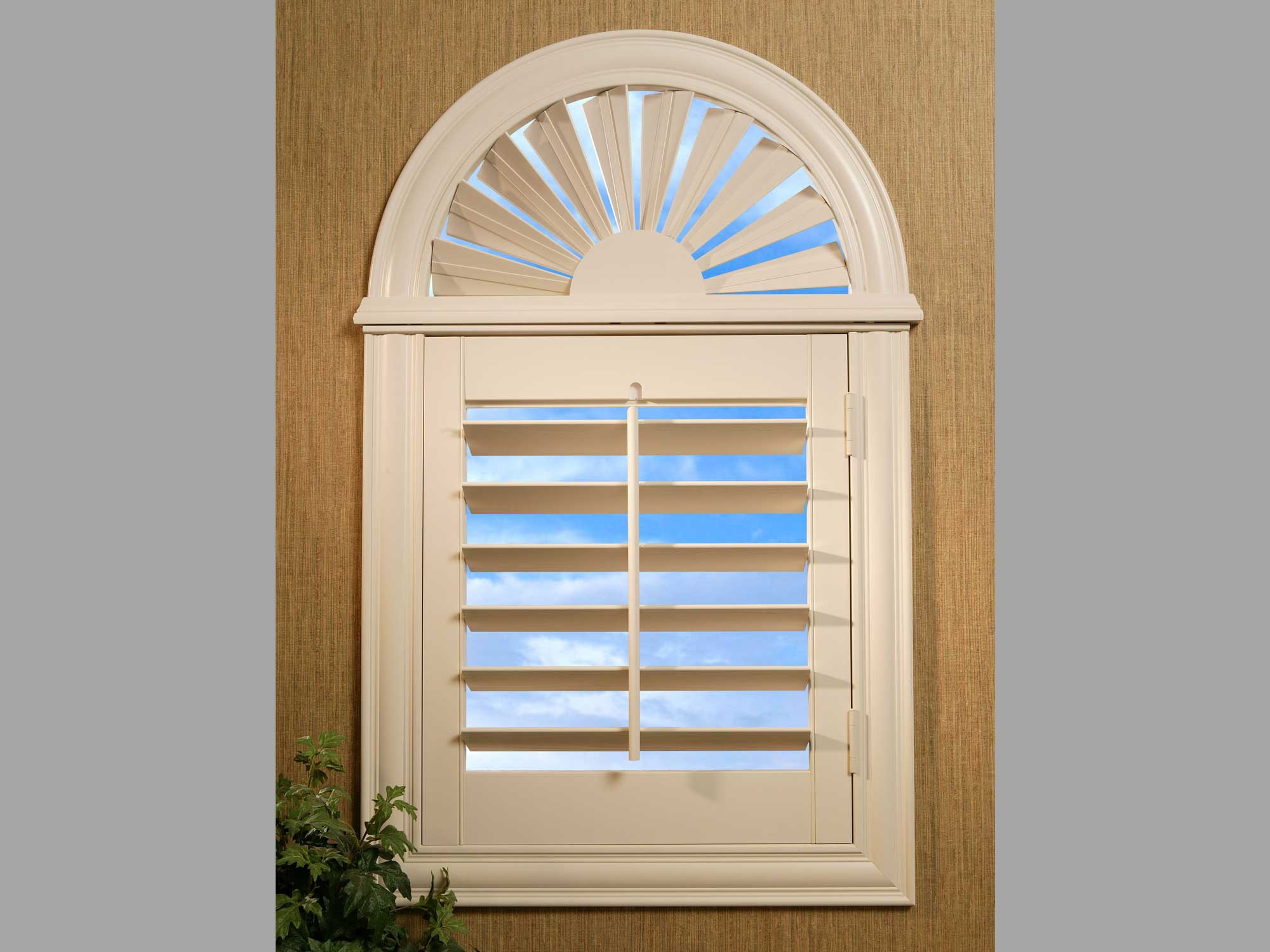 sunburst shutters window covering ideas u0026 inspiration: sunburst arch top shutters image GAZCRQE