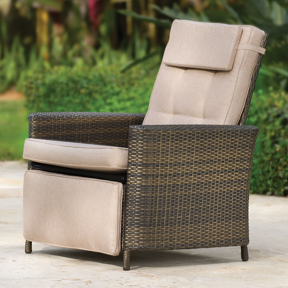 the weatherproof outdoor recliner VXIOUPX