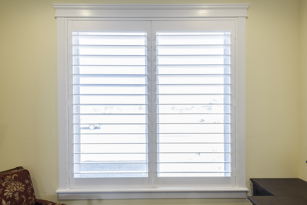 window shutters yorkshire white shutters with molding SWZRHWC