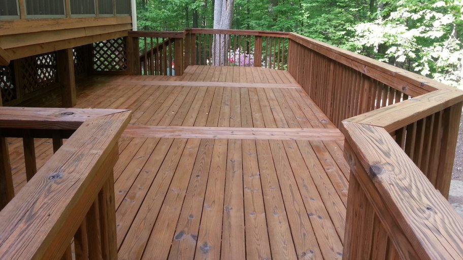 wood decks donu0027t clean your wood deck with bleach! PKNQUSZ