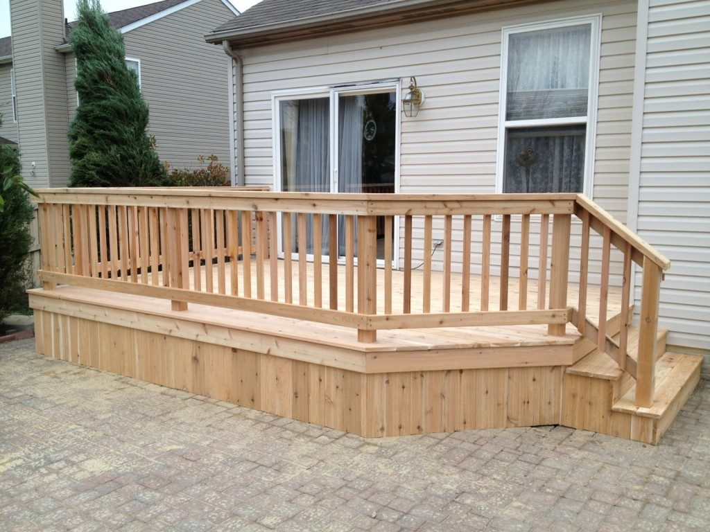 Wood Decks to Relax in Style