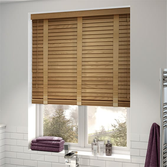 Wood venetian blinds for Beauty