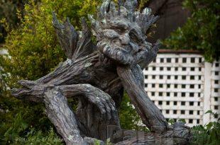 wooden garden sculptures CKKZMGC