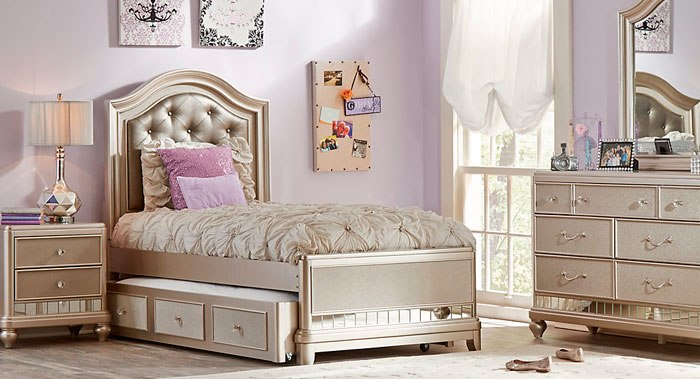 Grab One Of The Bedroom Sets   For Girls