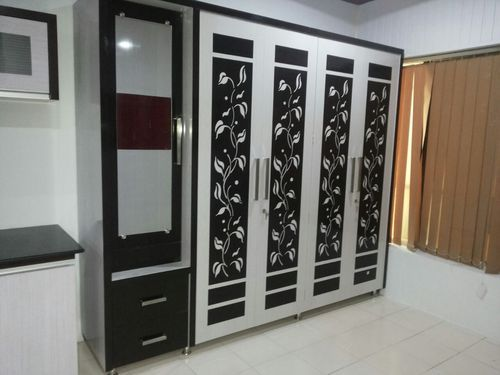 Modular Bedroom Wardrobe at Rs 700 /square feet | Bedroom Wardrobe