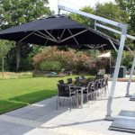The Bet Cantilever Umbrella   You Need for Your Patio or Swimming Pool