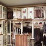 Install The Custom Closet To   Enhance The Great Look