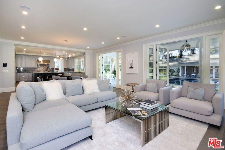 47 Fabulous Family Room Design Ideas (Photos)