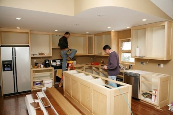 Live In or Move Out: The Remodeling Dilemma - Bob Vila