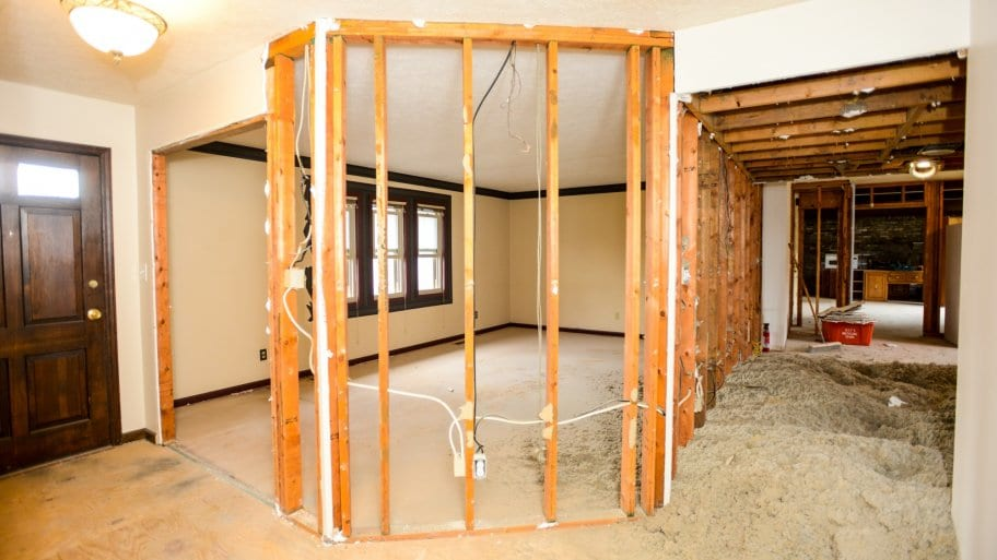 What Should Be in a Remodeling Contract? | Angie's List