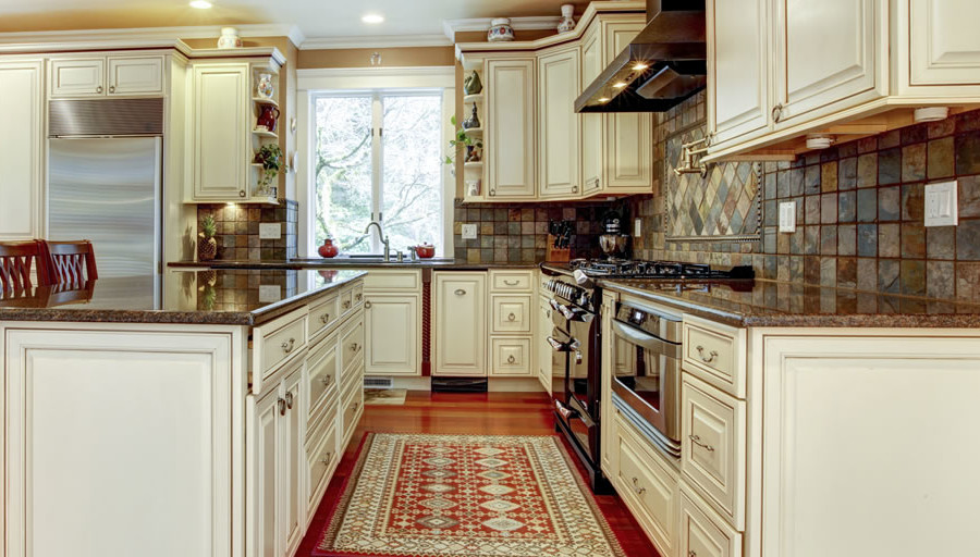 Kitchen Remodeler Tips for Functional and Beautiful Kitchens
