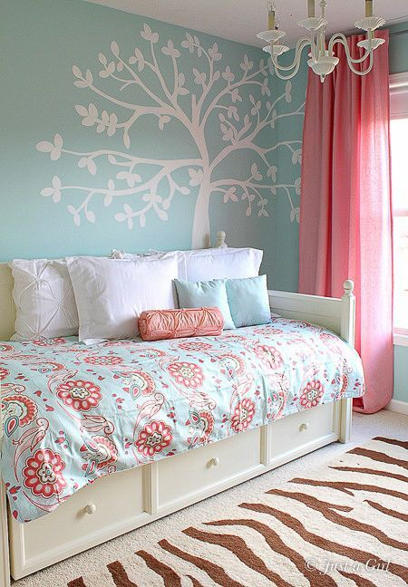 Girls Room Inspiration | Favorite Places & Spaces | Girly bedroom