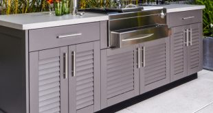 Outdoor Kitchen Cabinets | Brown Jordan Outdoor Kitchens