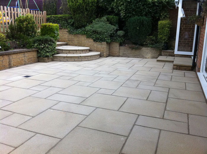 Saxon Textured Garden Paving | Marshalls.co.uk