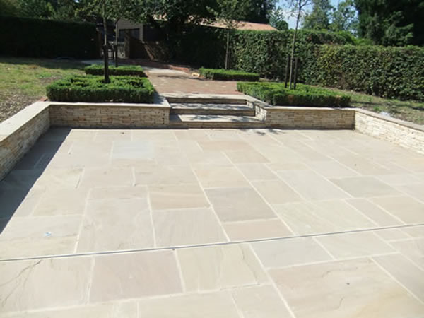Paving, patios for gardens and homes in Aylesbury, Buckinghamshire