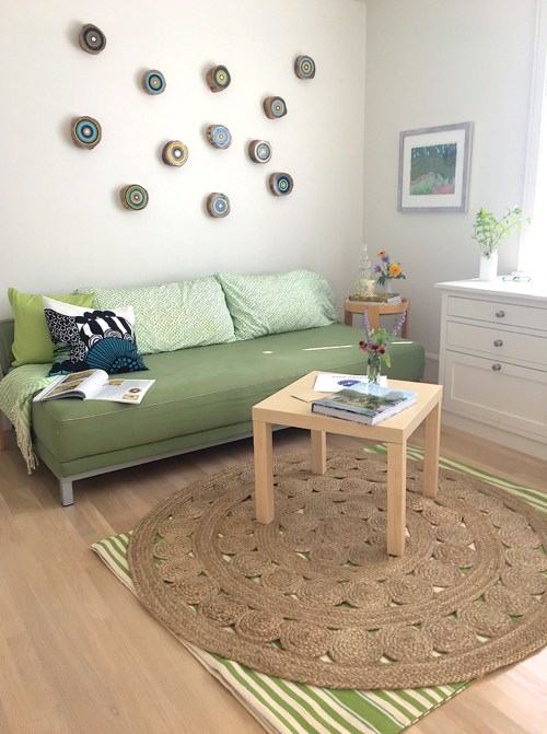 On Trend: Adding Texture & Style With a Round Jute Rug - StyleCarrot