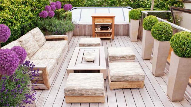 20 Wonderful Outdoor Garden Furniture Ideas in Wood | Home Design Lover