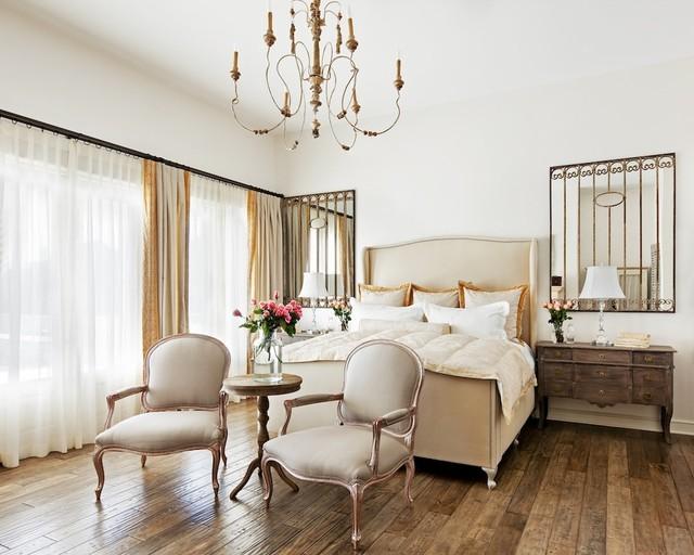 Lighting ideas for chandeliers in the bedroom