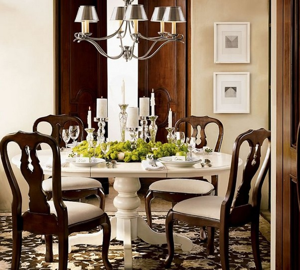 Dining room table decoration