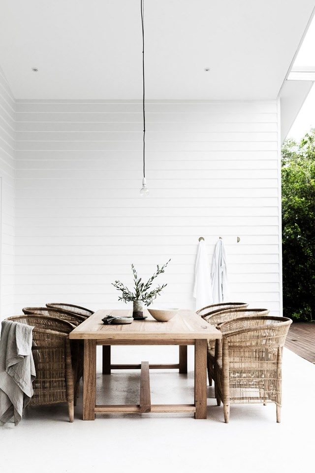 10 homes with beautiful white interiors