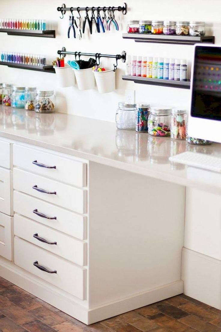 30 Awesome Craft Rooms Design Ideas (27
