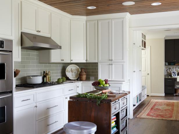 Custom made kitchen cabinets 2